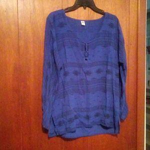 Old Navy Aztec print blouse
